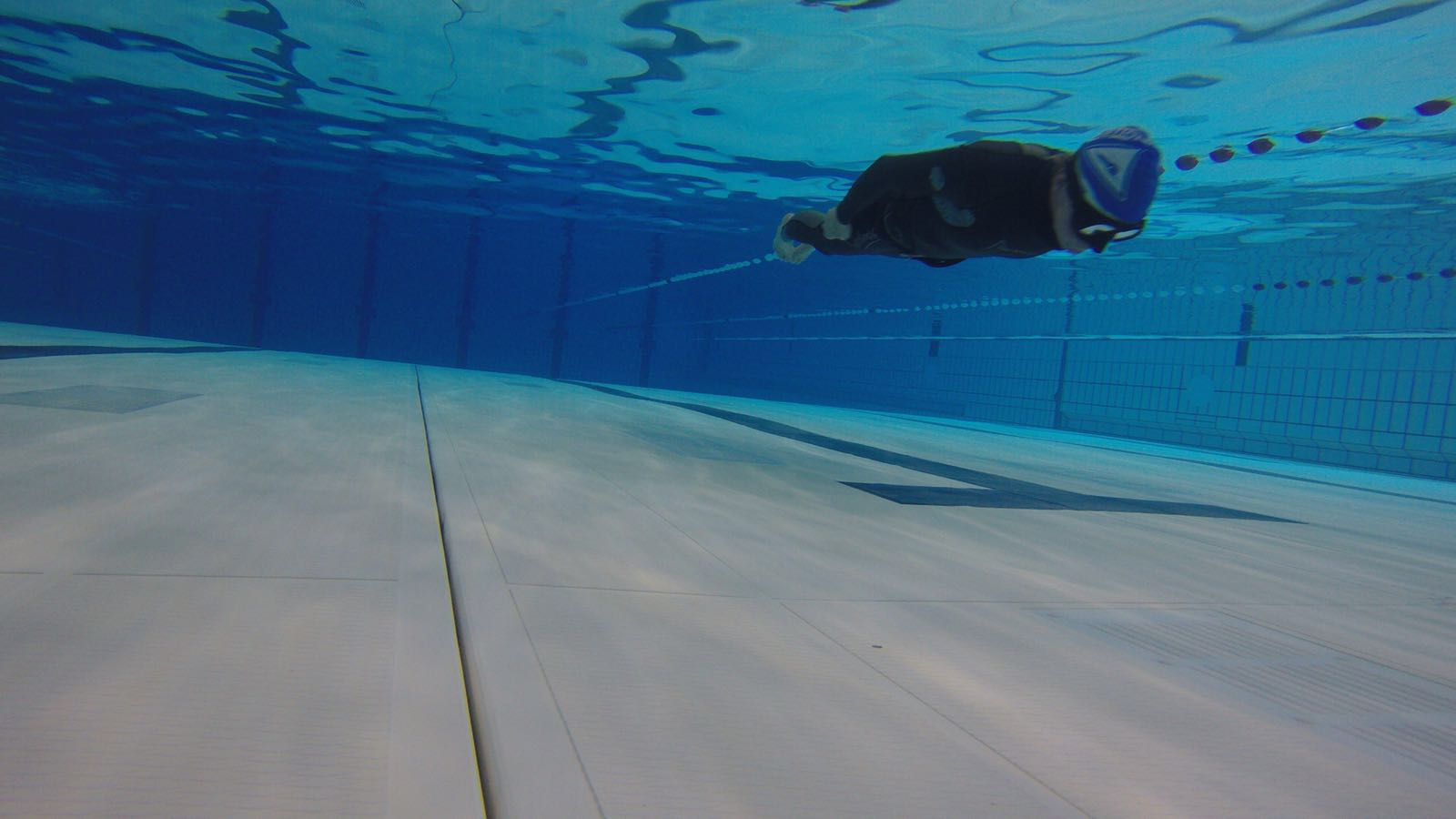 No Fins Specialty freediving